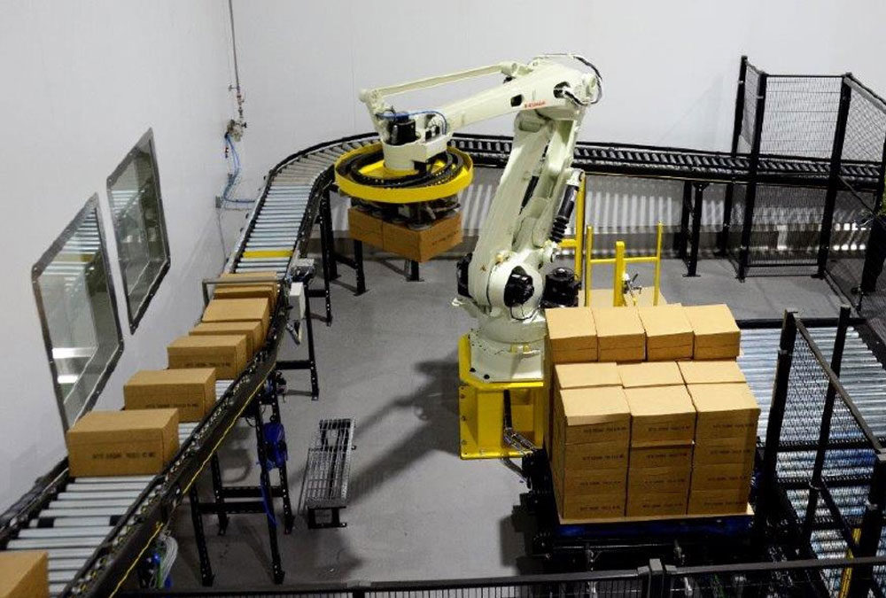Robot cheese palletised provides efficiency boost for Arla Foods